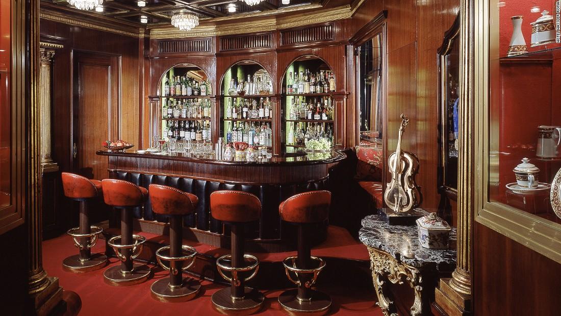 Alluring Bar