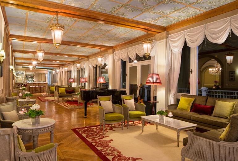 Cristallo Lounge